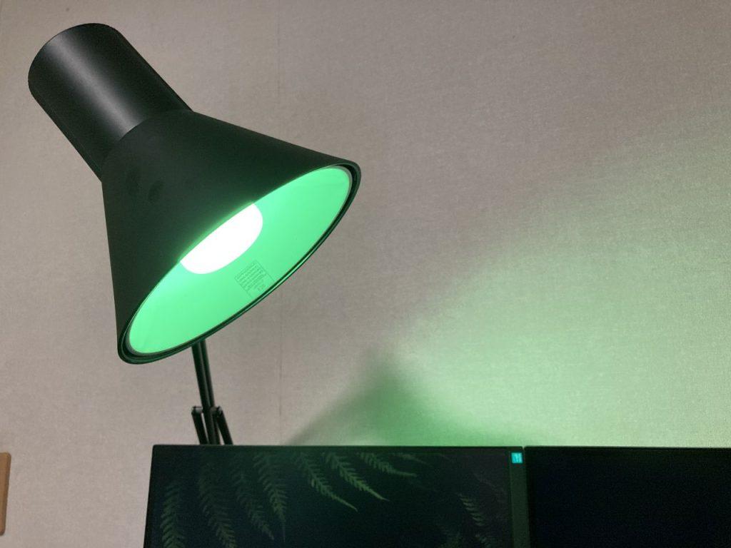 LED電球の緑系の色の参考画像